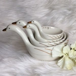 🆕Anthropologie Gaggle of Geese Measuring Cups